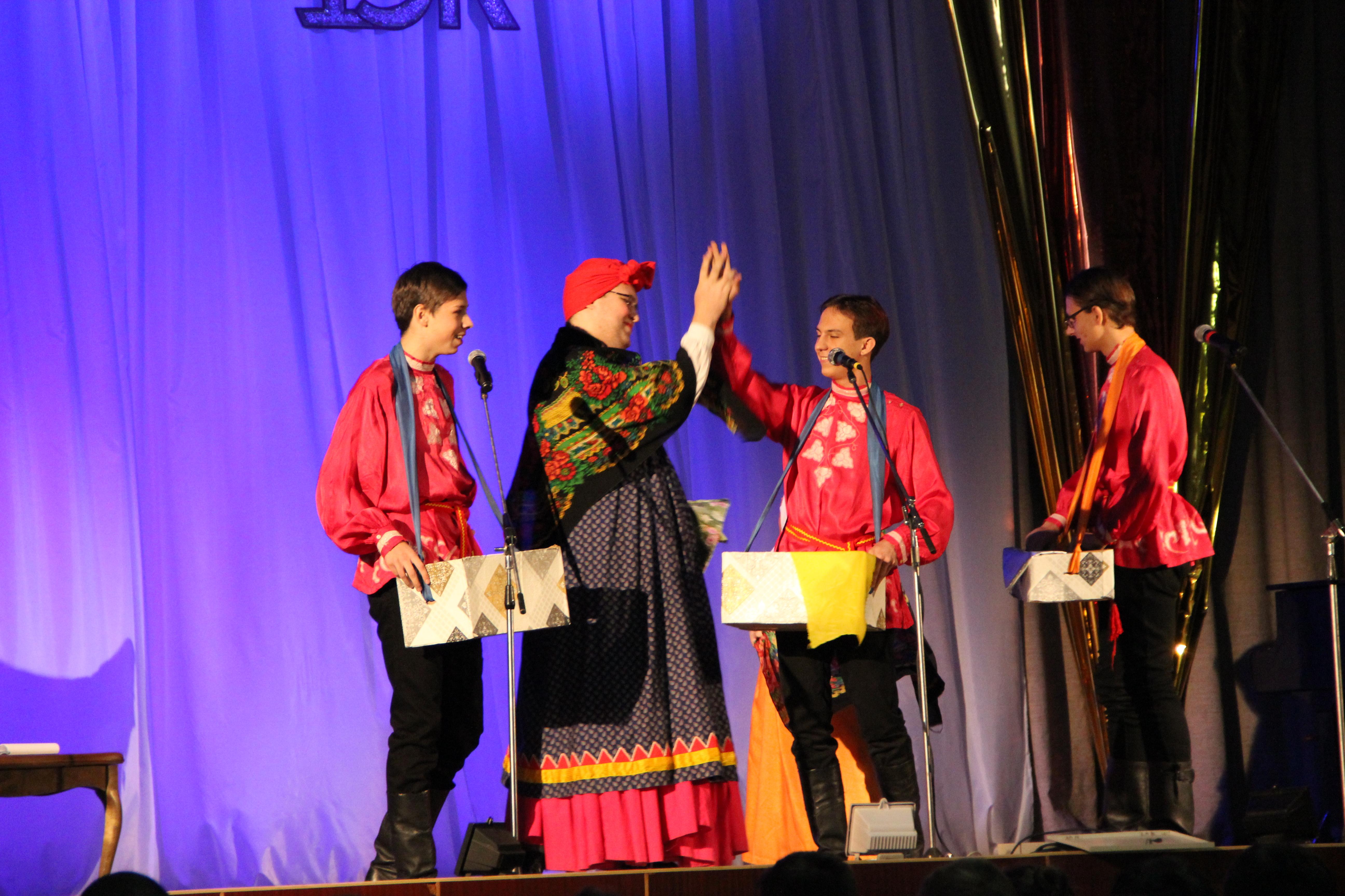 Коллектив «Студенческого театра «ВЭК» провёл урок литературы для рекордного количества студентов!